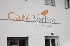 Fassade-Cafe-Rorboz-nachher3